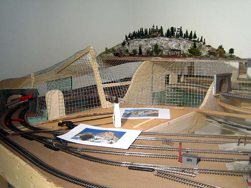 Modellbahn hintergrund gebirge